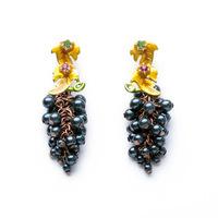 NEW ARRIVAL 2014 women dangle earrings black fruit grape style yellow enamel leaf 515