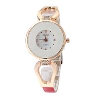 Free shipping fashion leisure wavy lines woman fashion watches quartz watch
