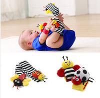 Lamaze Ladybug Honeybee Wrist Rattle & Foot Finder Yellow&red Set SHD-218