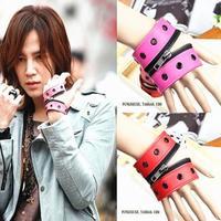 Non-mainstream punk rivet leather bracelets, bracelets zipper, fashion the wrist men, leather jewelry wholesale