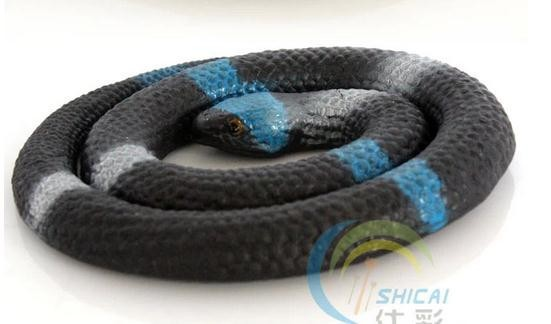 Shi color Halloween Tricky Toy Funny comedy spoof the whole person scary fake snake soft simulation(China (Mainland))