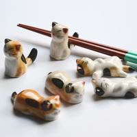 Lucky cat, ceramic chopsticks rack frame, cartoon chopsticks rest, flatware, 3 kinds of styles optional ~