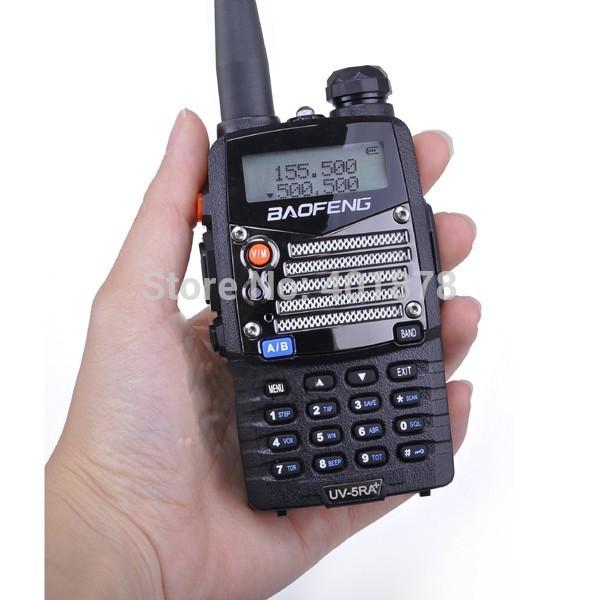 5W dual band dual display two way radio baofeng walkie talkie FM transceiver UV5RA 136-174 400~470MHz 128 channel free ship(China (Mainland))