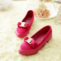 2014 New Flat shoes for women Pointed toe Bowknot is comfortable and soft leather flats doug shoes women's shoes