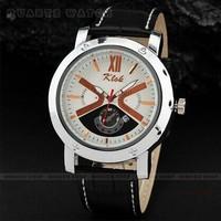 Men's classic minimalist  PU Watchband quartz watch calendar