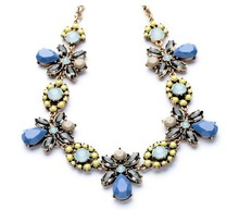 New Petal Piece Coral Beads Blue Honey Bee with crystal Flower Statement Pendant Necklace 2014 Shour