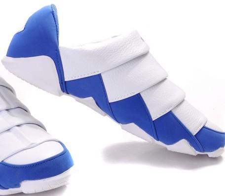 子スケート靴引き込み式の ...