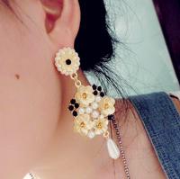 2014 fashion show baroque trendy flower within rhinestones pearl black gem dangle earrings unique design quality earring x153