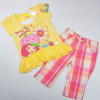 Retail! Free shipping high quality summer strawberry girl lace clothing set, yellow lace t shirt with multicolor plaid shorts