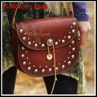 NEW 2014 Women Messenger Bag Manual Genuine Leather Vintage Small Carving Flower Bag Fashion Rivet Shoulder Bag G067
