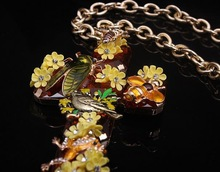 New2014 Vintage Royal court Insect Garden Flowers Big Gem Cross Honey Bee Frog pendent Necklace AS