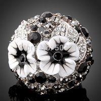 High Quality Austrian Crystal Rhodium Plated Fashion Flower Design Imitation Diamond Rings For Women