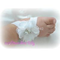 MOQ 1 pair/lot White Baby Barefoot chiffon Flower Sandals for Newborn Infant Toddler Girls, Shabby Booties Baptism Christening