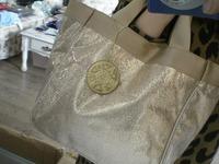 Au new 2014 fashion pres women handbags glossy gold brand tote bags free shipping pouch tag