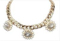 Hot sale 2014 New arrive women's fashion flower imitation gem glden short Necklace For women dress jewelry Free Shipping