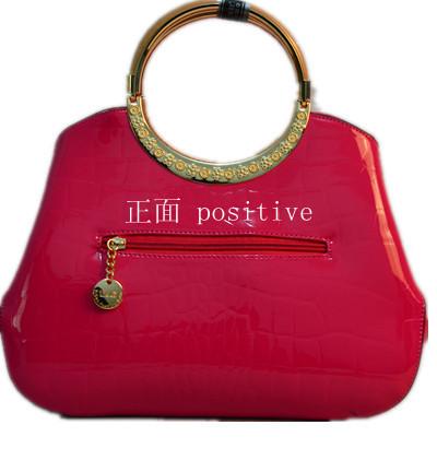 Free shipping new style china summer handbags patent leather red black soft alligator Messenger Bag(China (Mainland))