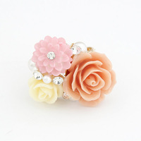 Cute Fashion Rings Gold Plated Rose Flower Rings with Pearl Rhinestone Adjustable Ring for Wedding / Gift for Women Men Jewelry