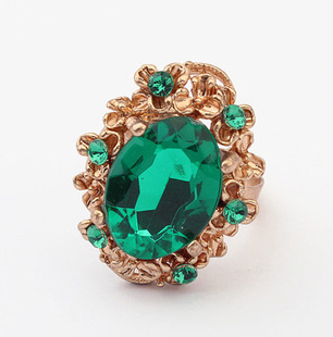 18K Rose Gold Plated Emerald Red/Green Ring Elegant Jewelry CZ Diamond Austrian Crystal Hot New Noble Fashion Ring  Wholesale (China (Mainland))