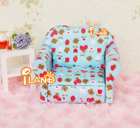 iland 1/12 Dollhouse Miniature Living Room Single Strawberry Sofa Couch Flower Blue WL037H