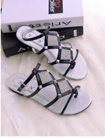 HOT 2014 Women sandals pearl flip-flop flat heelCostly diamond fashion sandals flat women's shoes  B052