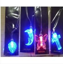 Neuankömmling! Flash-led halskette, led leuchten spielzeug dekorationen für die hochzeit, Rezeption, partei geführt anhänger 20pcs/lot(China (Mainland))