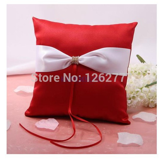 Unique Wedding favors design popular red and white Satin Ring Pillow for Wedding Ceremony Party Stuff Accessories(China (Mainland))