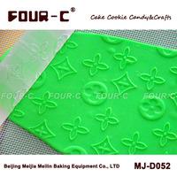 Acrylic fondant cake art roller,embossing gumpaste roller,transparent  embossed rolling pin,brand pin