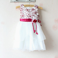Girl embroidered dress with short sleeves in summer The princess veil children dress