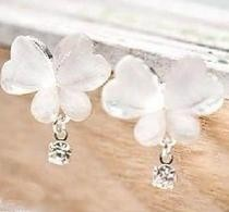 Free Shipping 10 mix order New Fashion Vintage Personal Beautiful Smart Butterfly Earrings E73 Jewelry