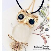 Fashion Big Eyes Retro Cute Owl Necklace Vintage Pendant Necklaces With Green CZ Diamond Long Chain Jewelry (Silveren NE100833)