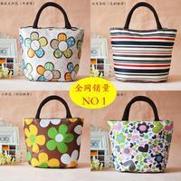 Printed cute waterproof lunch bag lunch bag casual fashion handbags small bag handbag 10 random wholesale