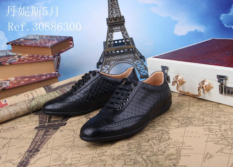 Calçados casuais dos homens novo estilo de estilo de moda sapatos de couro genuíno banda tecido de sapatos de couro dos homens Zapatos de couro de hombre(China (Mainland))