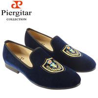 Fashionable embroidered velvet loafer for men shoes