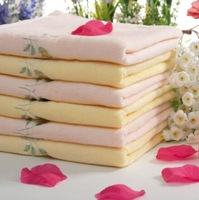 2014 New Arrival Unisex Grace Fashionable Soft Comfortable Flower Embroidered  Cotton Face Towel Pink/Yellow Free Shipping