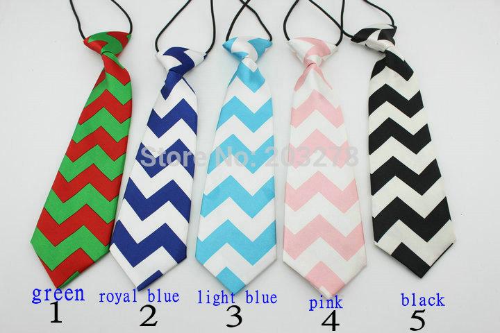 зеленый галстук Шеврон связи для малышей