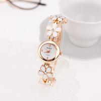 Wholesale Brand New Fashion Watch Luxury Trendy lover's Quartz Watch High Quality girls  wristwatch women's delicate watch