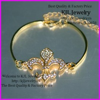 free ship! 10pcsfashion Gold fleur charm crystal rhinestone pave fleur de lis bracelet  bangle