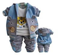 1sets/lot  2014 New Autumn clothing set baby boy baby clothing 100% Cotton Tiger Blue, yellow, red Sports suit