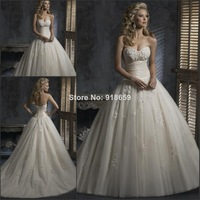 Wholesale -Long A Line Classic style White Ivory Europe and America Lace Appliques Tulle Wedding Dresses
