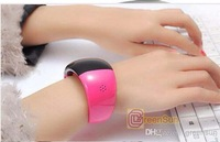 4color Bluetooth Bracelet Watch with caller ID display+anti-lose+answer/hang up call+music player,Support for multiple languages