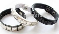 free shipping 2014 summer new fashion Punk personality all-match rivet Leather  bracelets NO O64