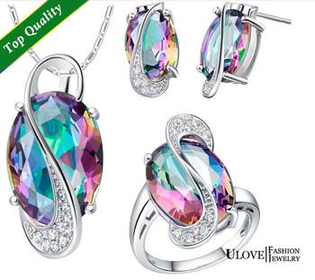 Элегантный серебряный набор украшений, состоящий из кулона, сережек и кольца, украшенные ...