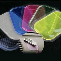 Auto supplies slip-resistant mobile phone pad car glove non slip pad perfume silica gel pad magic pad