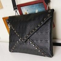 New 2014 Fashion Korean Designer Rivet Envelope Single Shoulder Women Bags Skull Clutch Crossbody Punk Brand Handbags AY870328