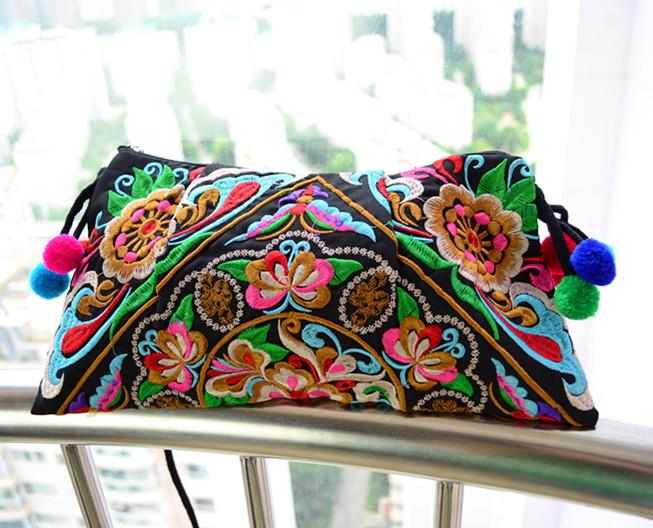 Wholesale 10pcs/lot Embroidery Satchel/Woman Handbag Hmong Bag Folk Art Handmade Embroidery Messager Bag/Shoulder Bag(China (Mainland))