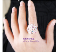 Korean fashion delicate rhinestone flower jewelry ring