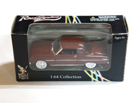 Road Signature 1:64 Collection Diecast Cars 1963 1/2 Ford Falcon Yat Ming