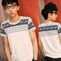 New mens Tees Summer Korean men's fashion men's short-sleeved round neck T-shirt . \\ White free shipping
