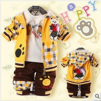 2014 kids spring Children's Clothing Sets checkered Cubs find footprints 0-3 year baby boys Clothing Set 3 pcs