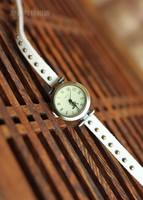 New minimalist retro nostalgia watch bracelet personalized jewelry punk style male female watch women girl friend Christmas gift